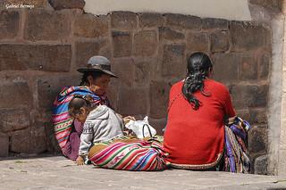 Tres generaciones de mujeres - Cusco