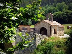 capella de Sant Andreu (fotomie2009) Tags: capella de sant andreu san llorenç muga alt empordà spagna espanya españa catalogna catalunya cataluña catalonha catalonia cappella chapel pont vell building capilla