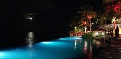 The Sheraton Waikiki (NicestGuyEver) Tags: waikiki sheraton honolulu hawaii pool