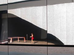 Nic tak nie działa jak czerwona sukienka (joanna.smieja) Tags: dress reddress red lady woman girl reflection architecture pradafoundation milano milan italy nikon nikond90 smieja joannasmieja
