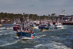 Capbreton Fête de la mer_6796 (Luc Barré) Tags: aquitaine france bateau bateaux mer capbreton landes couronne fête marins