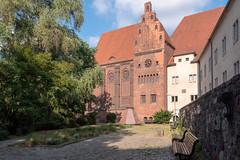 Berlin, Mitte: Märkisches Museum, Ansicht vom Köllnischen Park - Märkisches Museum, view from Köllnischer Park (riesebusch) Tags: berlin mitte