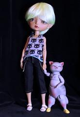 Bonny and Magnus (bentwhisker) Tags: dolls bjd resin anthro cat kitty feline maskcat gladys nympheasdolls minibrioche 9453a