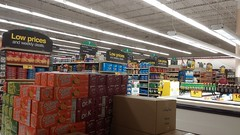 At least you can't say the store is poorly stocked! (Retail Retell) Tags: oakland tn kroger millennium décor era store mirror image twin doppelganger reversed carbon copy former hernando ms fayette county retail 2018 remodel fresh local neighborhood flair historical images captions