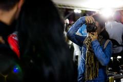 (2018.08.11) Eliane de Lima se apresenta no Festival IT (Felipe F Barros) Tags: tags canon canonitapevi canonbrasil canonsãopaulo itapevi euamoitapevi brasil sãopaulo câmera fotografia photography photographer photograph photo image imagem foto fotografo fotógrafos festival festa it pagode samba quem é de sambá praça 18 fevereiro alegria sorriso multidão gente eliane lima instrumentos musica microfone cultura cultural tradição