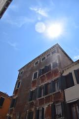 light on the ancient palace (LikeTheHitter) Tags: venice venezia venecia veneza venise venedig venetian veneziano palace light luce palazzo