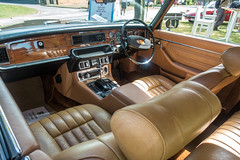 1976 Jaguar XJ 5.3C - MRX 235P - Classic & Sportscar Show with Flywheel 2018 - Bicester Heritage - 23rd June 2018 (Trackside70) Tags: classicandsportscarmagazine classiccar car plane airplane bicesterheritage bicester uk england historic summer 2018 june show sunshine sony dscrx100m3 pse14 jaguar xj53c v12 coupe leather seats