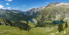 Portarró d'Espot (2425 msnm) (sostingut) Tags: d750 nikon panorámica cordillera valle lago agua nube verde verano pirineos españa llacspirineus