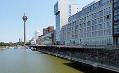 P1010177 (karlheinz.nelsen) Tags: düsseldorf städte landeshauptstadt medienhafen landtag