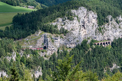 sem_180812_07 (Prefektionist) Tags: austria bahn d700 eisenbahn loweraustria niederösterreich nikon oebb rail railroad railway semmering semmeringbahn train trains öbb österreich semmeringkurort at 80200mmf28d 1144 weinzettelwand weinzettelwandtunnel