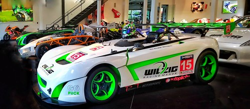 Alan Wilzig Lotus 211 GT4