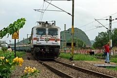 Tamilnadu Sampark Kranthi Exp. (B V Ashok) Tags: tnsk tamilnadu sampark kranthi express superfast 12651 sr bza bezawada vijayawada scr rpm royapuram wap7 30413