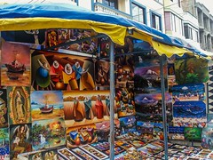 Pinturas en Otavalo (KARLINHOS18) Tags: ecuador otavalo mercado art arte streetphotography fotografiacallejera foto fotografia photohgraphy photo viajes quito pinturas sony carloscolmenarezphotography tbt fotodeldia photooftheday