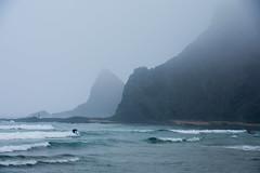 Surf en la niebla. Odeceixe-mar. (Miguel Angel SGR) Tags: mar sea ocean surf surfer fog niebla coast costa odeceixe atardecer atlantico atlantic bruma travel trips tourism turismo touring viajes viajar trip olas waves paisaje landscape seascape seas portugal algarve aljezur nikon nikond7200 d7200 miguelangelsgr miguelonphotography