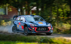Rally Finland 2018 (KeeperinEri) Tags: red rallyfinland 2018 rally rallying rallye racing race ralli motorsport action rallycar nikon nesteoilrallyfinland finland wrc thierry neuville nicolas gilsoul hyundai i20 coupe