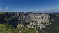 _SG_2018_07_9023_IMG_9091 (_SG_) Tags: schweiz suisse switzerland daytrip tour creux du van natural rocky cirque val de travers canton neuchatel nature mountain hiking glacier summit ferme soliat noiraigue sentier des 14 contours