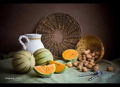 BODEGÓN CON TRES MELONES (Miguel Calleja) Tags: stilllife stilleben naturemorte naturamorta naturalezamuerta melon melón cantalup cantalupo cantaloupe spanspek