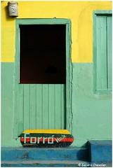 Caraiva (Brésil) (gerard21081948) Tags: brésil brasil caraiva bahia forró musique danse nordest mur fenêtre porte