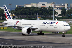 F-GSQI   Boeing 777-328ER   Air France (james.ronayne) Tags: fgsqi boeing 777328er air france aeroplane airplane plane aircraft jet jetliner airliner aviation flight flying singapore changi sin wsss canon 80d 100400mm raw