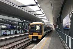465038 (Aaron Ubasa) Tags: electricmultipleunit trainstation rollingstock vehicle trains train railway rail transport travel commuterrail commuter commute emu centrallondon londonbridge london networker class465 465038