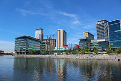 "MediaCityUK ""The Studios"" (Mike McNiven) Tags: mediacityuk bbc british broadcasting corporation bbcnorth bbcbreakfast bbcsport buildings peelholdings salfordquays water relfections sunny summer"
