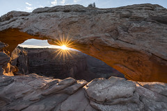 And There Was Light (jaud.nicolas) Tags: canyonlandsnationalpark sunrise mesaarch canon1635mmf4is thespot wonders usanationalparks canon5dmarkiv southwestusa utah iloveutah ngc