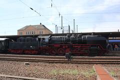 DB: 50 3501 mit Sonderzug in Bebra (Helgoland01) Tags: eisenbahn railway deutschland hessen germany bebra dampflok steamlocomotive br50
