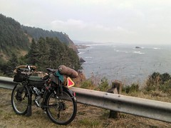 Monday August 13: The 50 mile day of #shawnandemeeorcoasttouraug2018 featured a full mix. From the crappy (the whole getting around/through Lincoln City) to the great (ocean views). The day featured two good climbs, Cascade Head and Otter Crest. It would (urbanadventureleaguepdx) Tags: biketouring biketour shawnandemeeorcoasttouraug2018