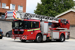 BV57 AUA 01 (IainDK) Tags: london fire brigade tl turn table turntable ladder 30m mercedes benz 1829 1829le le gb magirus dlk2312 dlk 23 12 old kent road imageall imagefireall imagefirela