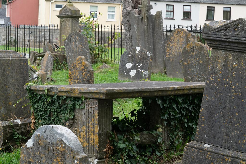 OLD CHURCHYARD KNOWN AS ST. JOHN'S [DUBLIN ROAD KILKENNY]-142912