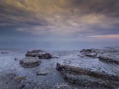 Atardecer en el Grau Vell de Sagunt. (:) vicky) Tags: grau sagunt sagunto valencia vickyepla sunrise sunset sol mar playa rocas nubes