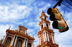 untitled (salta, argentina) (bloodybee) Tags: salta argentina southamerica americalatina street trafficlight church basilica sanfrancisco sky clouds architecture religion catholic