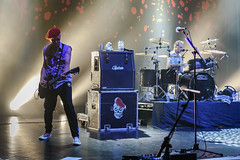 The Damned, Southampton Guildhall 22-08-2018 063 (Matt_Rayner) Tags: southamptonguildhall live punk concert thedamned captainsensible guitar pinch drummer