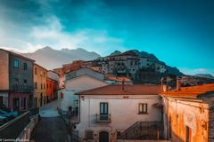Scapoli (SDB79) Tags: scapoli panorama molise teal orange case borgo