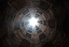 Light at the end of tunnel... (modestino68) Tags: galleria tunnel luce light finestra windows gregoryporter