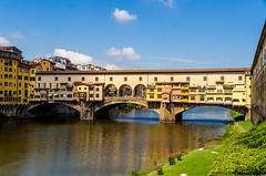 Florença (mnauelribeiro) Tags: rio arno florença ponte vechio itália toscana