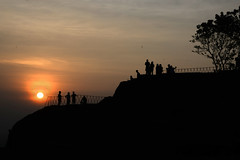 Lion Rock Fortress 獅子岩 (MelindaChan ^..^) Tags: melindachan lion rock fortress 獅子岩 srilanka 斯里蘭卡 chanmelmel mel melinda sunset duck top silhouette people life nature