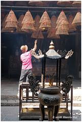 Tai Po Man Mo Temple - Hong Kong XP8096e (Harris Hui (in search of light)) Tags: harrishui fujixpro2 digitalmirrorlesscamera fuji fujifilm vancouver richmond bc canada vancouverdslrshooter mirrorless fujixambassador xpro2 fujixcamera fujixseries fujix fujixf35mmf2 fujifixedlens primelens standardlens hongkong travel manmotemple temple 文武二帝廟 文武廟 incense religious religiousplace taipo