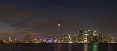 Toronto - Skyline (cmfritz) Tags: amerika kanada ontario toronto torontoislands skyline nacht night panorama langzeitbelichtung longtimeexposure turm cn tower