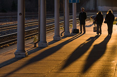 11-5272m (George Hamlin) Tags: virginia alexandria station railroad commuter platform columns people travelers shadow light photo decor george hamlin photography rail track
