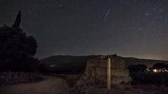 Hunting night. (ChusPS) Tags: night color shootingstar stars sky nature montseny vallèsoriental fogarsdemontclús unesco unescomab barcelona catalonia catalunya perseid huntingperseids longexposure wideangle
