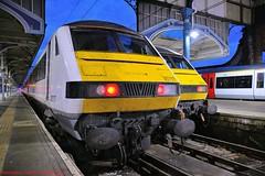 82127+82107 @ Norwich (A J transport) Tags: class82 82127 82107 dvt greateranglia locohauledstock railway trains eastanglia england