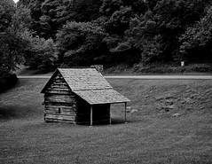 Jesse Brown's Cabin (John Ilko) Tags: 500px cabin field rustic logcabin blueridgeparkway southcarolina historical settler fujifilm monochrome xe2 xtrans 1855mm kitlens architecture