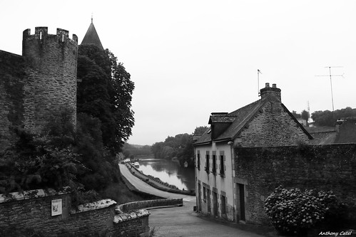 Le village de #Josselin un dimanche matin #Morbihan #Bretagne