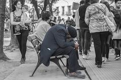 all the times in one canvas (Ramiro Francisco Campello) Tags: tiempo bahíablanca plazarivadavia plaza people gente ages antiguo vejez oldage blackandwhite sentimiento feel feeling child niño joven children streetphotography fotografíacallejera alma soul peoplewalking fotografíaurbana