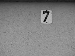 Wall. 7 (n90.photography) Tags: monochromatic monochrome monotone monochromephotography greyscale blackandwhite blackandwhitephotography bw bnw germany wall structure number 7 street urban olympus omd em10 mark ii
