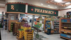 Pharmacy (Retail Retell) Tags: oakland tn kroger millennium décor era store mirror image twin doppelganger reversed carbon copy former hernando ms fayette county retail 2018 remodel fresh local neighborhood flair historical images captions