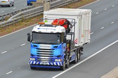 KU66 AFO (panmanstan) Tags: scania r410 wagon truck lorry commercial flatbed freight transport haulage vehicle a1m fairburn yorkshire