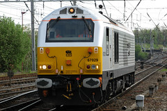 67029 'Diamond Jubilee' (Cumberland Patriot) Tags: angel trains ews english welsh scottish railway alstom gm general motors emd electro motive diesel 12n710g3bec engine model jt42hwhs class 67 67029 diamond jubilee dieselelectric locomotive loco power traction wcml west coast main line mainline thunderbird rescue carlisle citadel station train