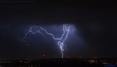 2018.06.20 - 223748 (NIKON D7200) [Carvalha] (Nuno F. C. Batista) Tags: clouds nuvens portugal lusoskies lightning relâmpago thunderstorm trovoada storm night sky nikon severeweather storms photography margemsul skies portuguese meteorology cumulunimbus d7200 arrudadosvinhos carvalha